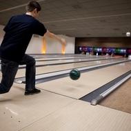 Namics AG: Teamevent in der Bowlinghalle