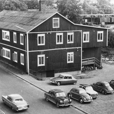 IKEA Deutschland: 1953 eröffnet das erste IKEA Einrichtungshaus im südschwedischen Älmhult.