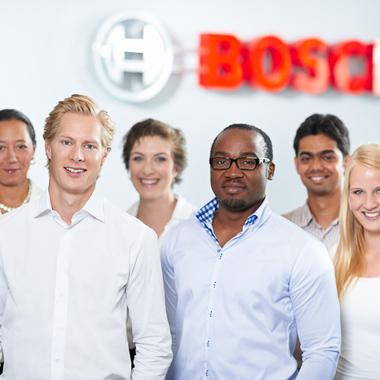 Robert Bosch GmbH: Vielfalt ist unser Vorteil: Nachweislich sind Teams mit interkulturellem Hintergrund und gemischter Geschlechterverteilung am erfolgreichsten.