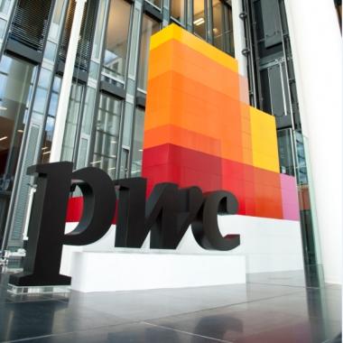 PwC Deutschland:             Einblicke in den Arbeitsalltag