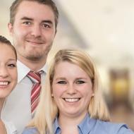 ERNI: Ein Arbeitsumfeld geprägt von den Werten Vertrauen, Leidenschaft und Verantwortung in einem erfolgreichen und expandierenden Unternehmen.