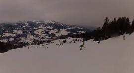 Skiing on the Wild Kaiser | JACK WOLFSKIN employees