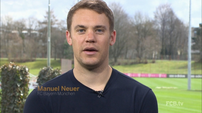 Manuel Neuer Supports SAP #NichtNurNerds Tour!